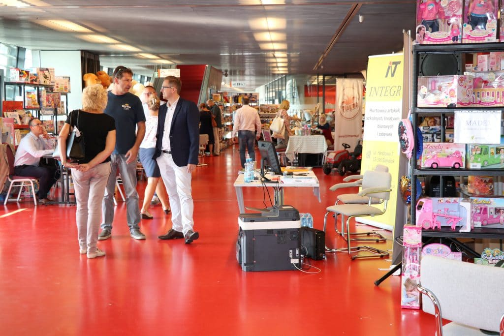 IT IS THE PERFECT VENUE FOR TRADE FAIRS