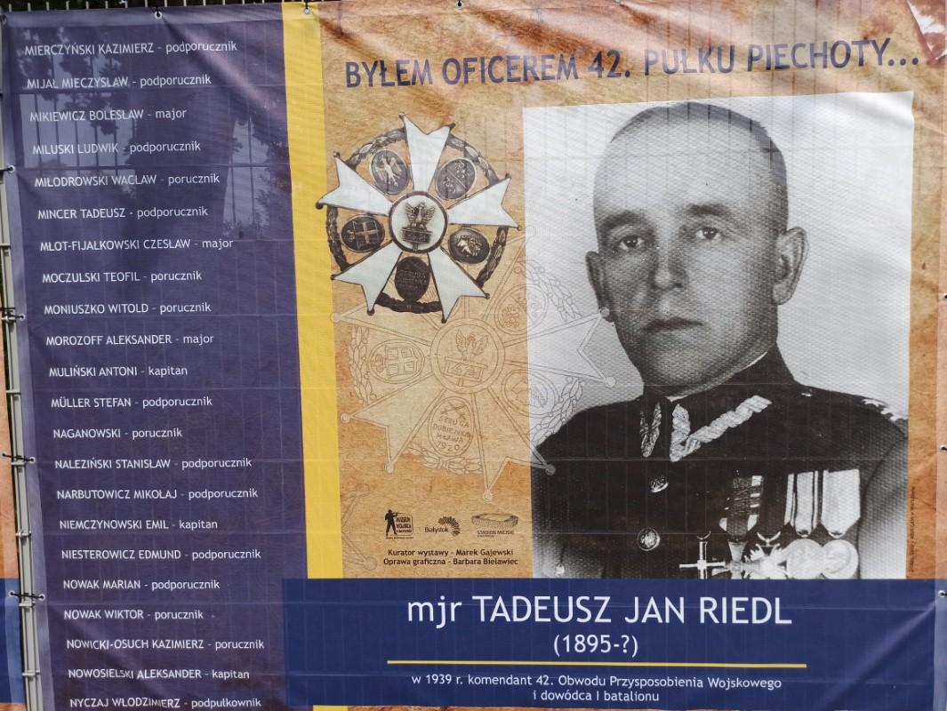 """Wystawa """"Byłem oficerem 42. Pułku Piechoty"""